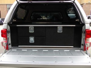 three drawer unit Best Off Road